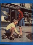 SPORTS - PATINAGE A ROULETTES - PATINS A ROULETTES - Photo Tirée D'une Revue De 1959 - Vieux Papiers