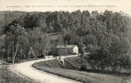 CPA - Le BRUCERON (63) - La Route Et Le Pont, Au Moulin De La Planche - Autres Communes