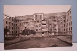 LE  MANS  ---Centre Hospitalier-Cascade Des Salles D´opérations - Le Mans