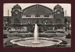 SUISSE - BASEL . Bundesbahnhof - Kutschen - Superbe Carte Neuve En Noir Et Blanc Des Années 50 - BS Bâle-Ville