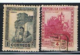 E 705** EDIFIL  673,678** 1933**OBLITÉRÉ** - 1931-Today: 2nd Rep - ... Juan Carlos I