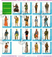 Ajman 1972 : 2 Feuilles Oblitérées. Uniformes Militaires. Military Uniforms - Militaria