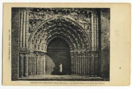 ARGENTON-CHÂTEAU. - Le Portail De L'Eglise XIIè Siècle - Argenton Chateau