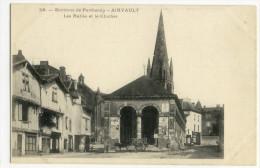 AIRVAULT. - Les Halles Et Le Clocher - Airvault