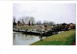 21 - PONTAILLER SUR SAONE - Côte D´Or - Manœuvres Militaires Du Génie - Passage Chars Leclerc Sur Barges - Soldats  2004 - Manoeuvres