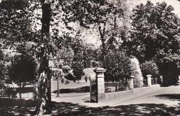 France Vichy L'Entree Du Parc De La Source Des Celestins 1960 Photo - Vichy