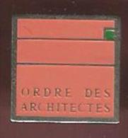 41210-Pin's.ordre des architectes...