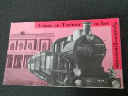 Trams En Treinen In Het Spoorwegmuseum - 1978 - Livret Sur Les Trams Et Les Trains En Néerlandais - Pratique
