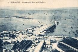 45Hy    Gibraltar Commercial Mole And Harbour (vue Pas Courante) - Gibraltar