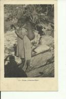 ETH26   --    PETITE PORTEUSE D `EAU  --   GIRL - Äthiopien