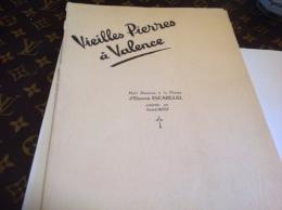 Drome Vieilles Pierres à Valence. Huit Dessins à La Plume D´Etienne Escarguel Tirages Limité à 150 Exemplaires Tous Num - Prints & Engravings