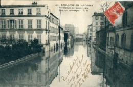 92 - Boulogne Billancourt : Inondation 1910 - Une Rue Submergée - Boulogne Billancourt