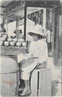 BERMUDA- PAW PAW SELLER  - - S695 - Bermudes