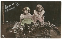 CPA  - ENFANT - FILLETTES -  AU DOS : N° 138 PERFORE - Scene & Paesaggi