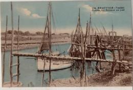 Beauvoir  Rentrée Des Bateaux Au Port - Beauvoir Sur Mer