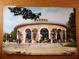 Carte Postale Vichy Reine Des Villes D'Eaux,Source Hopital Oblitéré 1968 - Vichy