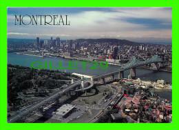 MONTRÉAL, QUÉBEC - LE PANORAMA AÉRIEN DE MONTRÉAL - PONT JACQUES CARTIER & LA RONDE - THE POSTCARD FACTORY  -- - Montreal