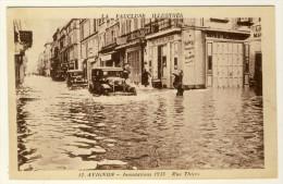 84  - Avignon  - Inondations 1935  - Rue Thiers   ( Voitures Dans L´eau .....) - Cartes Postales