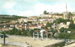 3 CPSM Format CPA       Angouleme  Hotel De Ville , Cathédrale , Stade De La Gatine ,        1030 - Angouleme