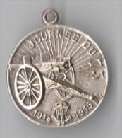 IMEDAILLE JOURNEE DU 75 1914-1915 TCF Touring Club De France, Canon - 30 Mm , Métal Léger - France