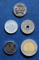 Lot De 5 Pièces Asie : 200 Dongs (Viêtnam), 1 Yen (Japon), 50 Yens (Japon), 1 Bath (Thaïlande), 10 Baths (Thaïlande) - Mezclas - Monedas
