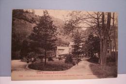AULUS-LES-BAINS  -- Coin  Du Parc Et Etablissement Thermal - Other Municipalities