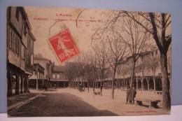 MIREPOIX ---La  Grande Place Des Couverts - Mirepoix