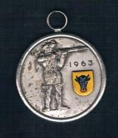 1963 SOLDADO PLATEADO CON ESCUDO - Monedas