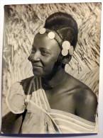Belle Photo/noir Et Blanc/femme/Niamey/Niger/folklore/costume/ - Africa