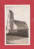 * CPA..dépt 77..AUGERS En BRIE  : L´ Eglise Saint Médard Avec Timbre Croix Rouge..n°967  : Voir Les 2 Scans - Autres Communes