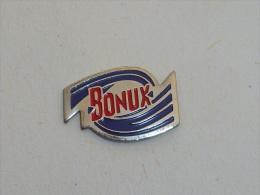 Pin's LESSIVE BONUX - Pin's