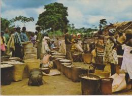 AFRIQUE,GABON,prés Congo Brazzaville,guinée,camero Un,marché D´arachides Dans La N´GOUNIE,sac,,photo Trolez,rare - Gabon
