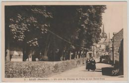 56 BAUD, Un Coin Du Champ De Foire Et Rue Saint Yves, Animée - Baud