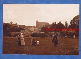 Photo Ancienne - Village / Ville à Identifier - Voir Eglise - Famille - Militaire Et Enfant - Old (before 1900)