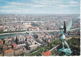 Francia-Lyon--La Ville,vue De Fourviere,au Premier Plan Archange Saint-Michel--1966--Cachet-Rhone - Lyon