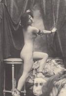 Pose Fatale - Reproduction - Nus Adultes (< 1960)