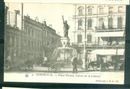 N°9  - Bordeaux   - Place Picard , Statue De La Liberté    Fal68 - Bordeaux