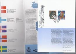 Map Nordic Stamps Klederdrachten - Autres - Europe