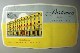 HOTEL MOTOR MOTEL PARKWAY LONDON UK ENGLAND GREAT BRITAIN STICKER DECAL LUGGAGE LABEL ETIQUETTE AUFKLEBER - Hotel Labels