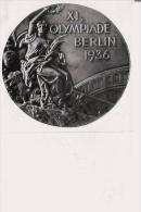 JEUX OLYMPIQUES  DE BERLIN 1936 IMAGE DELA MEDAILLE OLYMPIQUE - Vieux Papiers