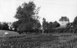 03 COMMENTRY Château Des FORGES Colonie De Vacances C.C.N.M. - CPSM + Cachets De Facteur - Commentry