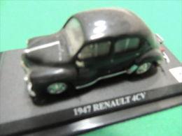 X DEL PRADO CAR COLLECTION 1/43 CON BASETTA DEDICATA RENAULT 4C No Box - Automobili