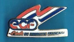 PIN´S //  .* E.C.F *  ÉCOLE DE CONDUITE FRANÇAISE - Badges