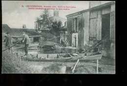 44boit Saint Julien, Vallée Inondations Inondés Procédant Au Sauvetage De Leurs Récoltes - Saint Julien De Vouvantes