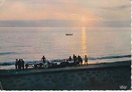 Francia--1966--Coucher De Soleil Sur La Mer Et Les Pecheurs--Cachet--Le Grand Duevilli-Pour,Paris - Pesca