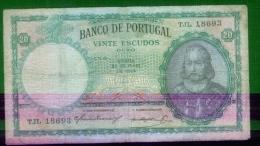 Portugal  - Billet   De  20  Escudos - Circulé -  25/5/1954  -  Petit Prix - Billet Nettoyé - Défauts - Portugal