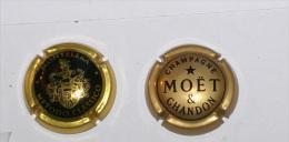 2 Capsule Spumanti Di Lusso E Champagne - Moet Et Chandon
