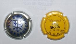 2 Capsule Spumanti Di Lusso Italiani E  Champagne - Collezioni