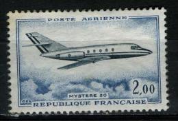 "FRANCE Aer42**  2,00f  Bleu-vert Et Bleu  Dassualt ""Mystère 20"" - Posta Aerea"