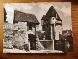 Carte Postale Nevers La Porte Du Croux  Correspondance De 1967 - Nevers